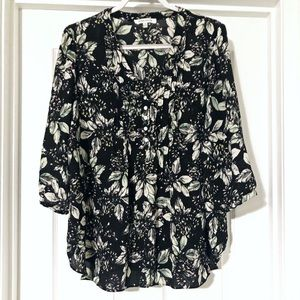 Rose & Olive Plus Size Floral Top